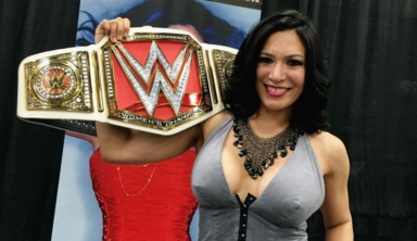 Five-Time Women's Champion Melina Returning To WWE