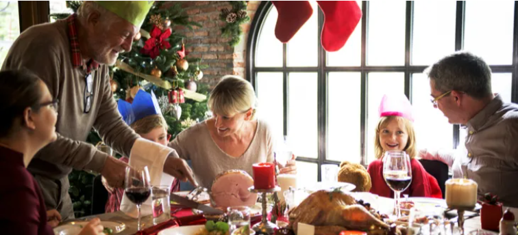 Psychiatrist tells how to cope with extra family time at Christmas