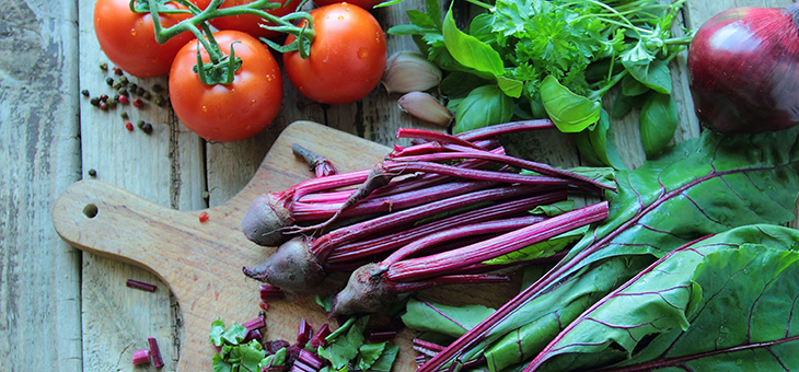 How to grow new vegetables from kitchen scraps